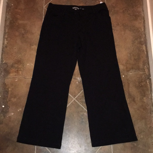 06afc986 Lee Pants | Euc Black Stretchy Trousers | Poshmark